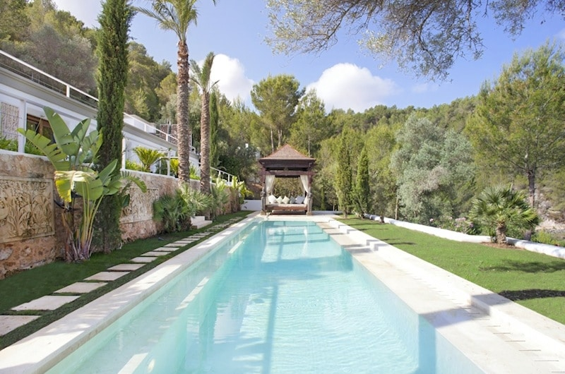 ©TOP HILL retreats | Villa Ibiza (Swimmingpool)